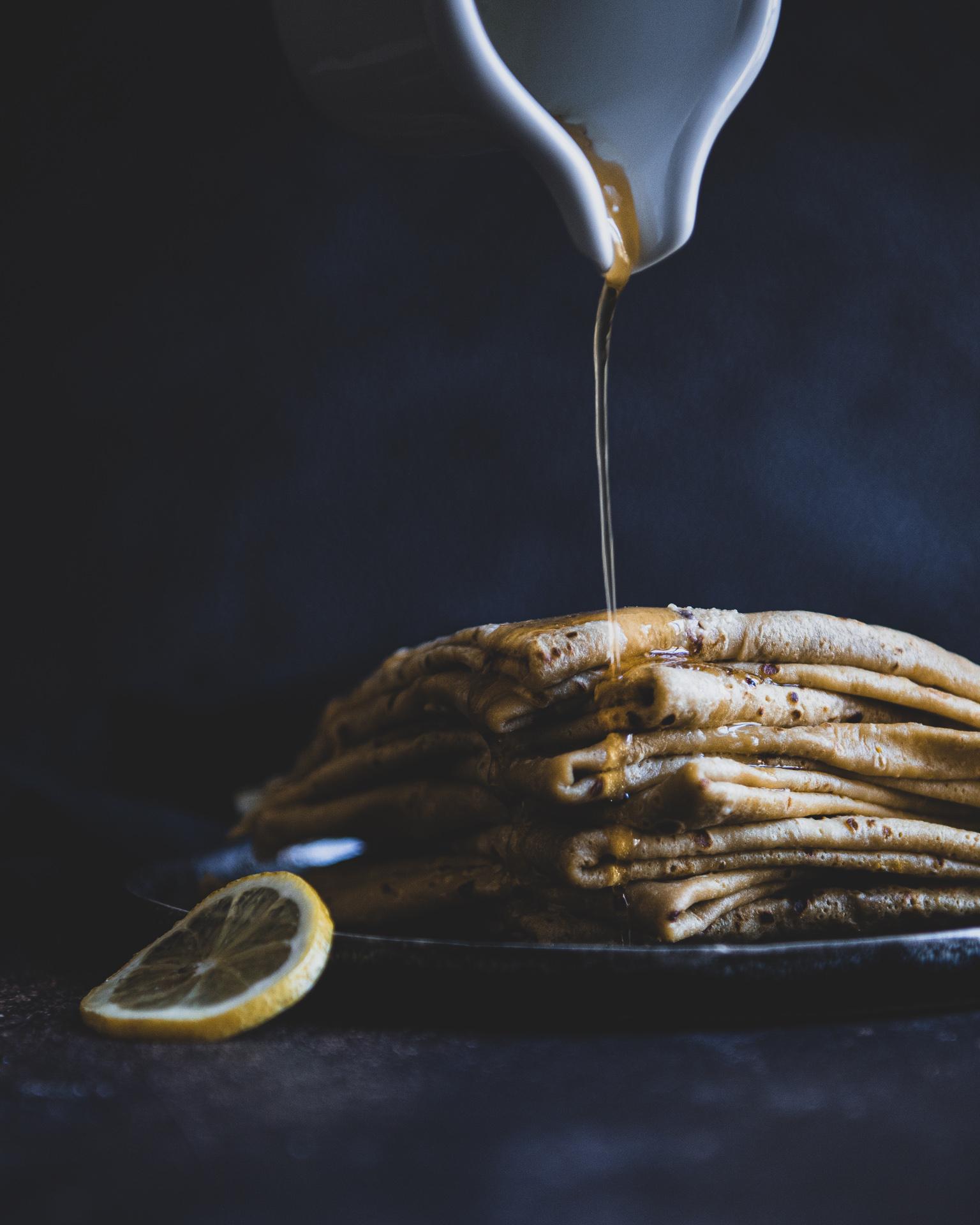 crêpes pile sidelight dark mood-24